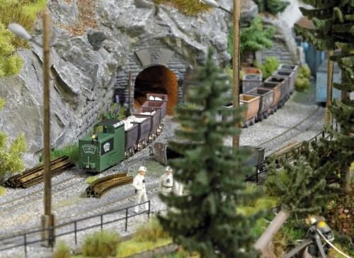 H0 Lokomotive B360 grün