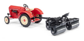 Traktor Porsche m. Ackerwalze